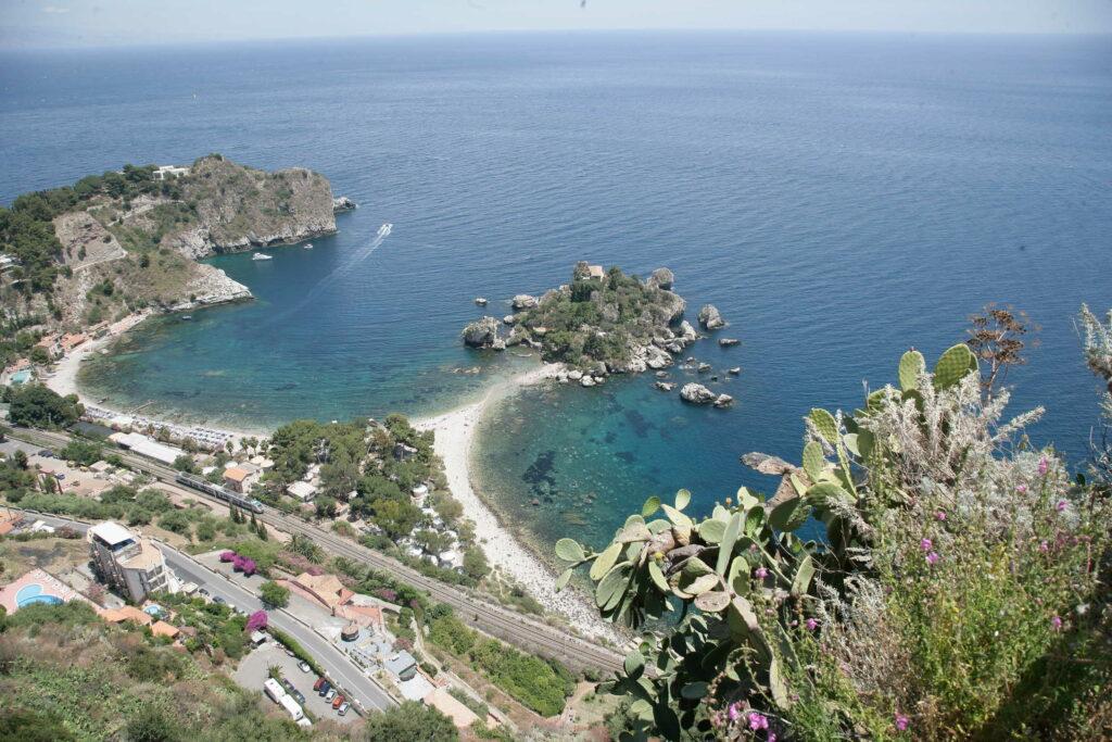 taormina---panorama-isola-bella_3885122769_o